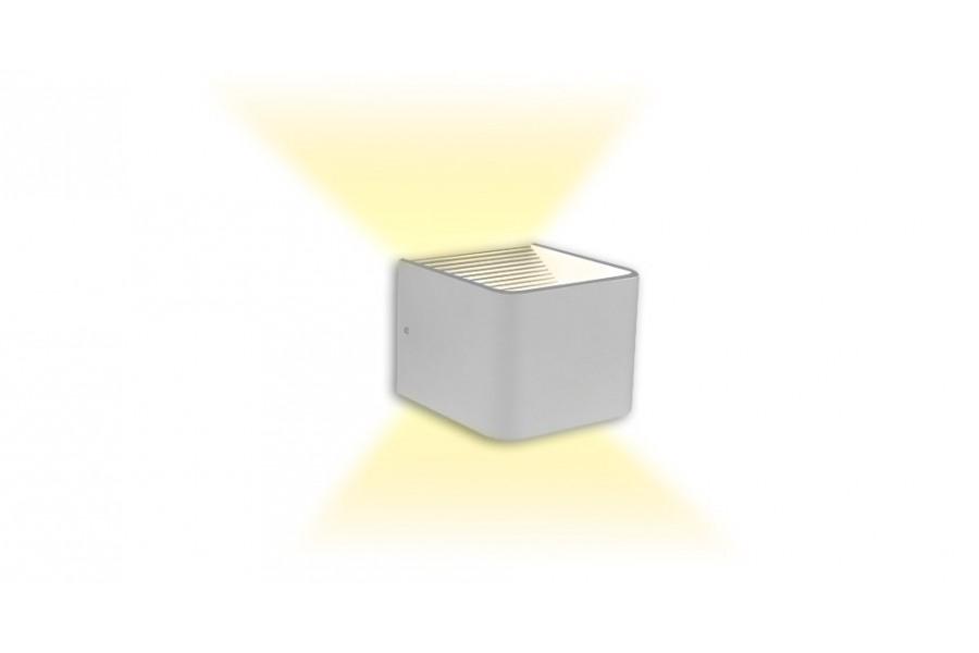 Настенный накладной светильник KUB