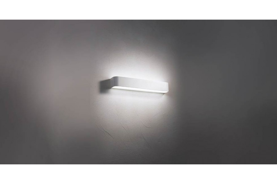 Настенный накладной светильник REMSA 600